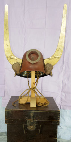 (Antique Kabuto : Japanese antique helmet) Picture